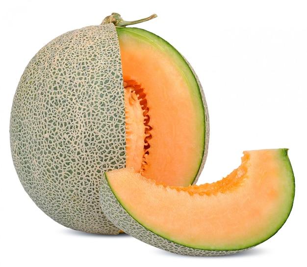 Frutta del melone isolata su bianco