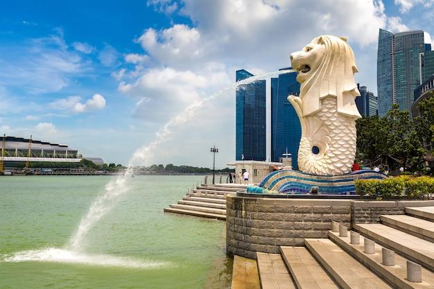 La statua della fontana merlion