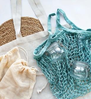 Borsa a rete, sacchetti di cotone e barattoli di vetro
