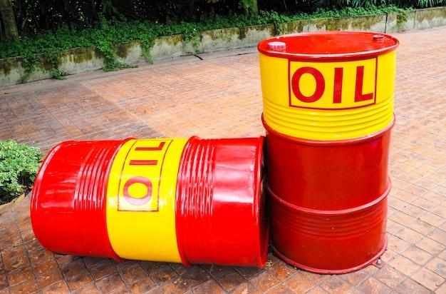 Barile di petrolio in metallo