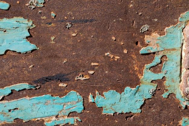 Sfondo di ruggine metallica, acciaio di decadimento, struttura metallica con graffi e crepe, muro di ruggine, vecchia struttura di ruggine di ferro metallico