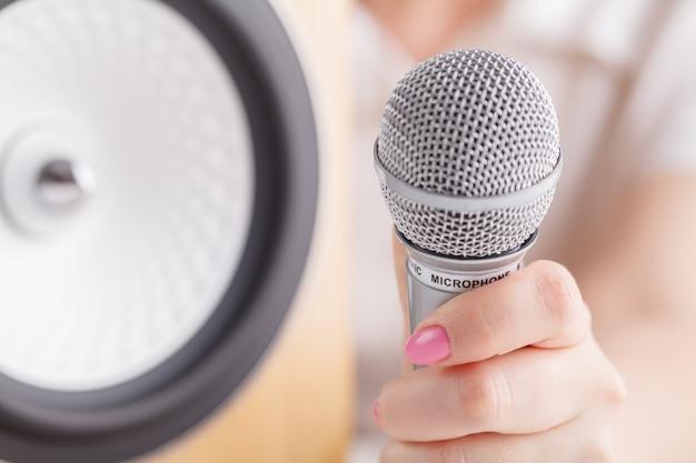 Microfono e altoparlante