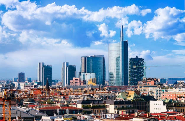 Milano, vista sullo skyline dal duomo, lombardia, italy