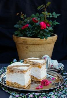 Milhojas, mille feuilles, torta napoleone
