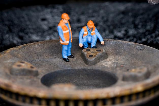 Costruzione di lavoratori di figure in miniatura
