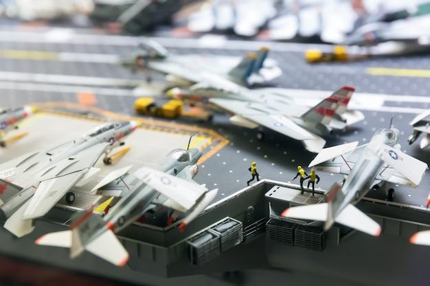 Modello in miniatura della pista della portaerei