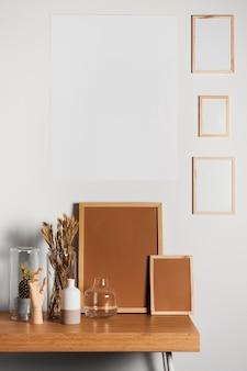 Design minimalista della scrivania interna
