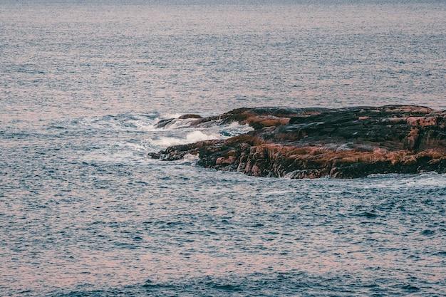 Sfondo di vista sul mare minimalista