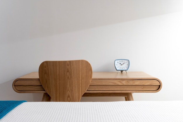 Interni minimalisti eleganti e boho