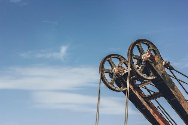 Macchine minerarie con due ruote di ferro con cavo d'acciaio