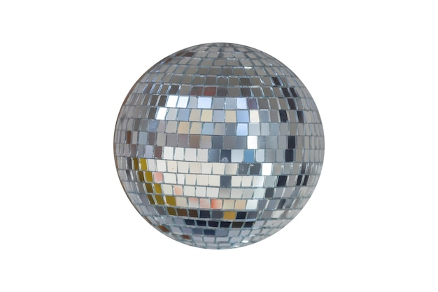 Sfera con mirroring isolata su uno sfondo bianco. palla da discoteca. foto di alta qualità