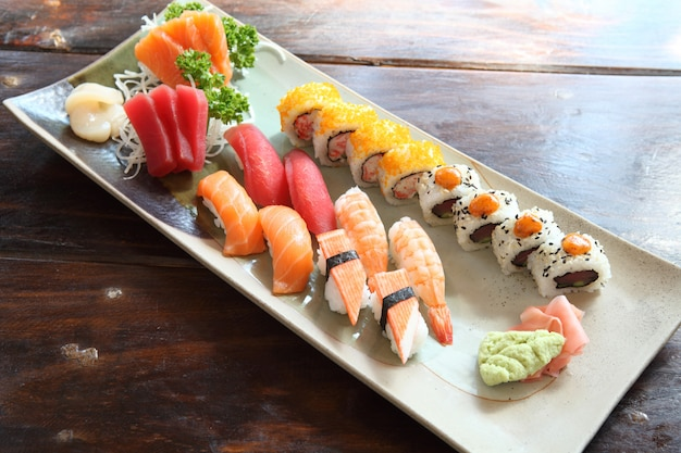Mescolare il sushi
