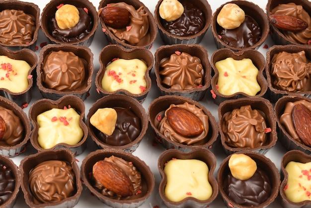 Mix di gustose caramelle al cioccolato
