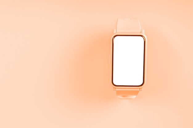 Mockup orologio fitness su sfondo pastello con display touch screen bianco vuoto