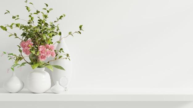 Mockup parete con piante ornamentali e elemento di decorazione sullo scaffale in legno, rendering 3d