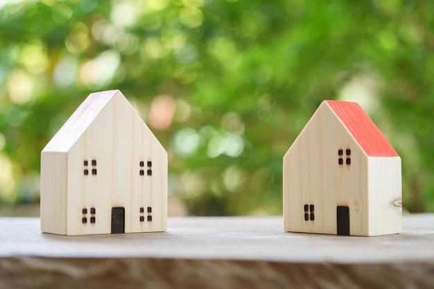 Modello di casa modello. utilizzando come sfondo il concetto di business e il concetto immobiliare