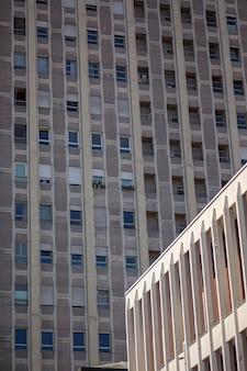 Dettaglio edificio moderno nella città di padova, italy