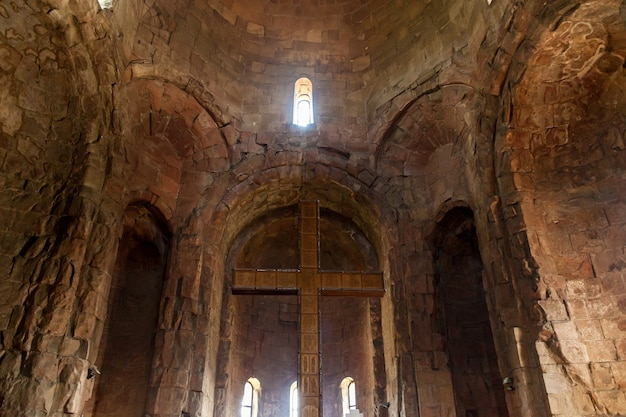 Monastir jvari, la cattedrale di cristo, si trova su una collina vicino alla città di mtskheta, in georgia.