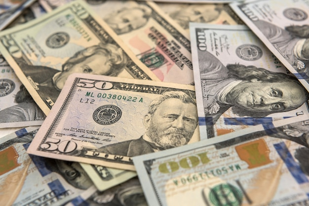 Sfondo di denaro. banconote da un dollaro in contanti. salvando lo sfondo