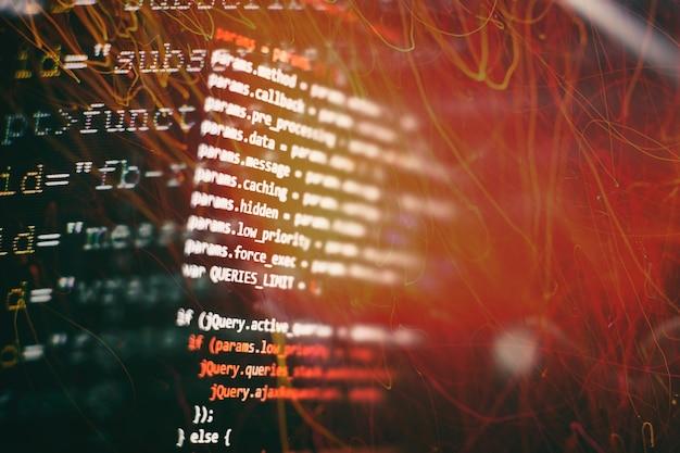 Monitorare il primo piano del codice sorgente della funzione. scrivere le funzioni di programmazione sul laptop. tendenza big data e internet delle cose.