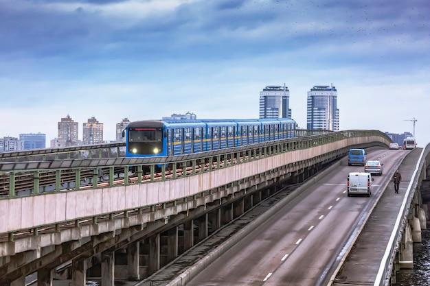 Sistema monorotaia, monorotaia, treno los angeles, transito ferroviario leggero
