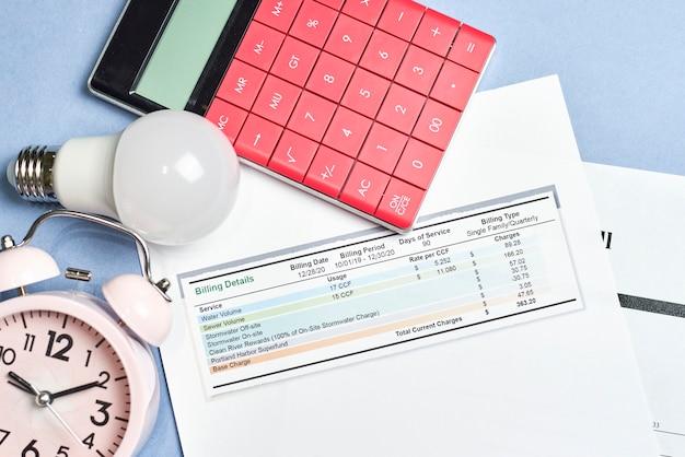 Bollette mensili. costo delle utenze. pianificazione dei costi delle utenze nel budget mensile