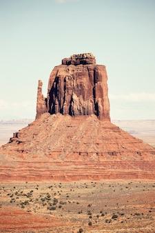 Formazione rocciosa monument valley, lavorazione vecchio stile