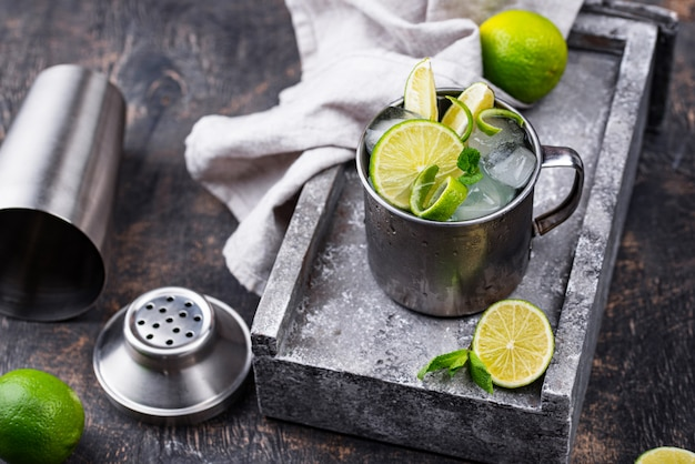 Moscow mule cocktail in tazza