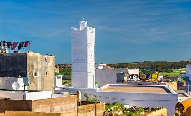 Moschea nella città di azemmour - marocco, nord africa Foto Premium