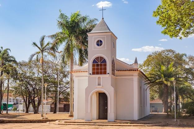 Chiesa madre della città di pradãpolis, sã£o paulo.