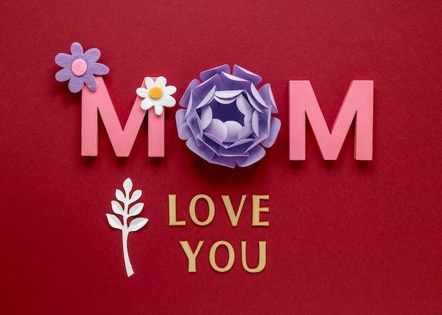 Festa della mamma con vista dall'alto di fiori di carta