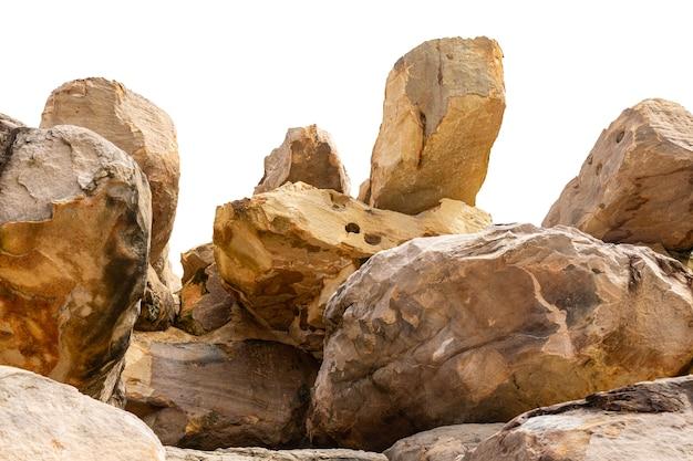 Roccia di montagna isolata.