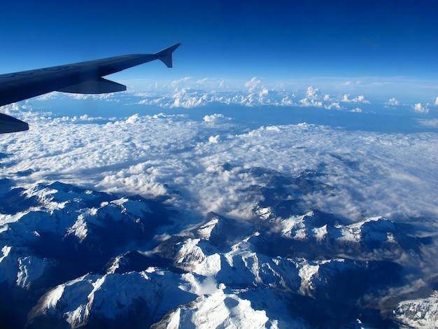 Montagne ande in perù, sud america