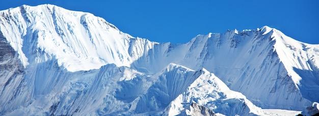 Montagne nella regione di sagarmatha, himalaya