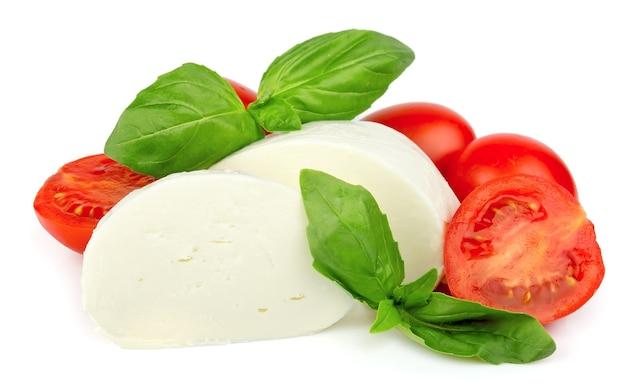 Mozzarella con pomodorini e basilico