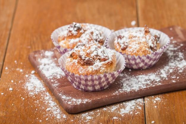 Muffin con farina d'avena e noci