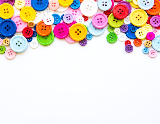 Bottoni da cucire multicolori
