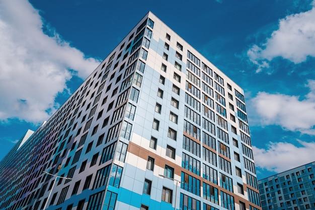 Edifici residenziali moderni multipiano foto premium