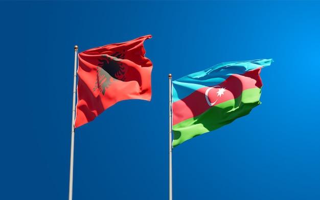 Bandiere di stato nazionali dell'azerbaigian e dell'albania