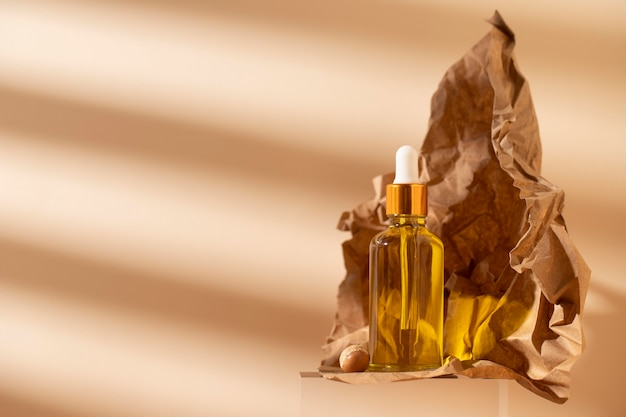 Composizione contagocce olio di argan naturale