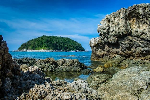 Paesaggio marino naturale