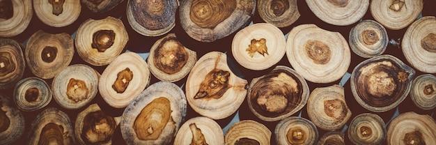 Sfondo di ceppo di legno naturale