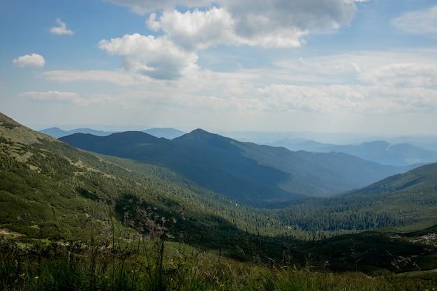 Natura paesaggio di bellissime montagne