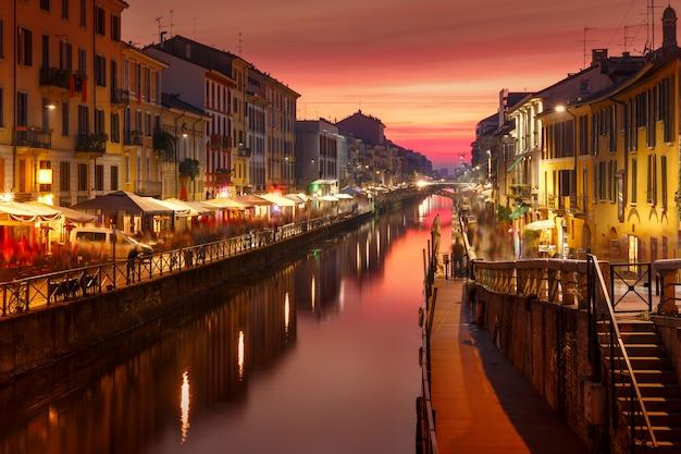 Canale del naviglio grande a milano, lombardia, italia