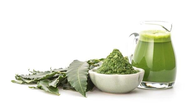 Neem o azadirachta indica, estratti di foglie verdi isolate.