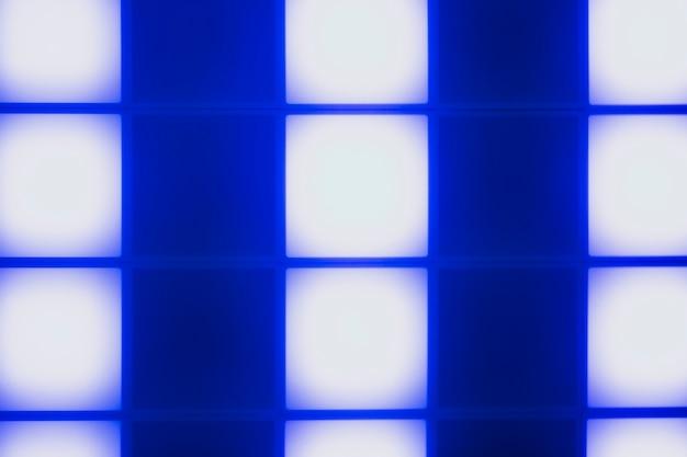 Disegno astratto di cubi di luce al neon blu