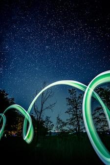 Luci al neon di notte