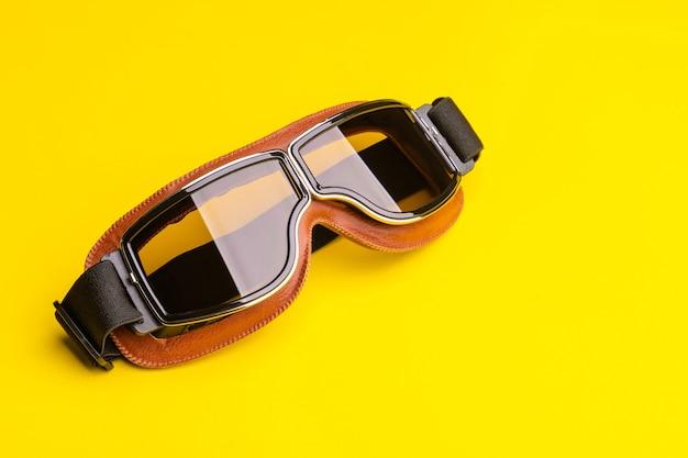 Nuovi occhiali da sole vintage marroni