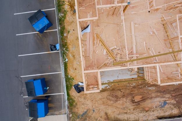 Nuova casa costruzione inquadratura di una casa in costruzione