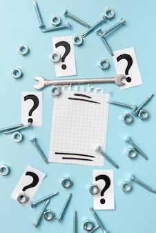 Nuove idee brainstorming per la pianificazione della manutenzione, soluzioni di riparazione, pensiero sul progetto di costruzione
